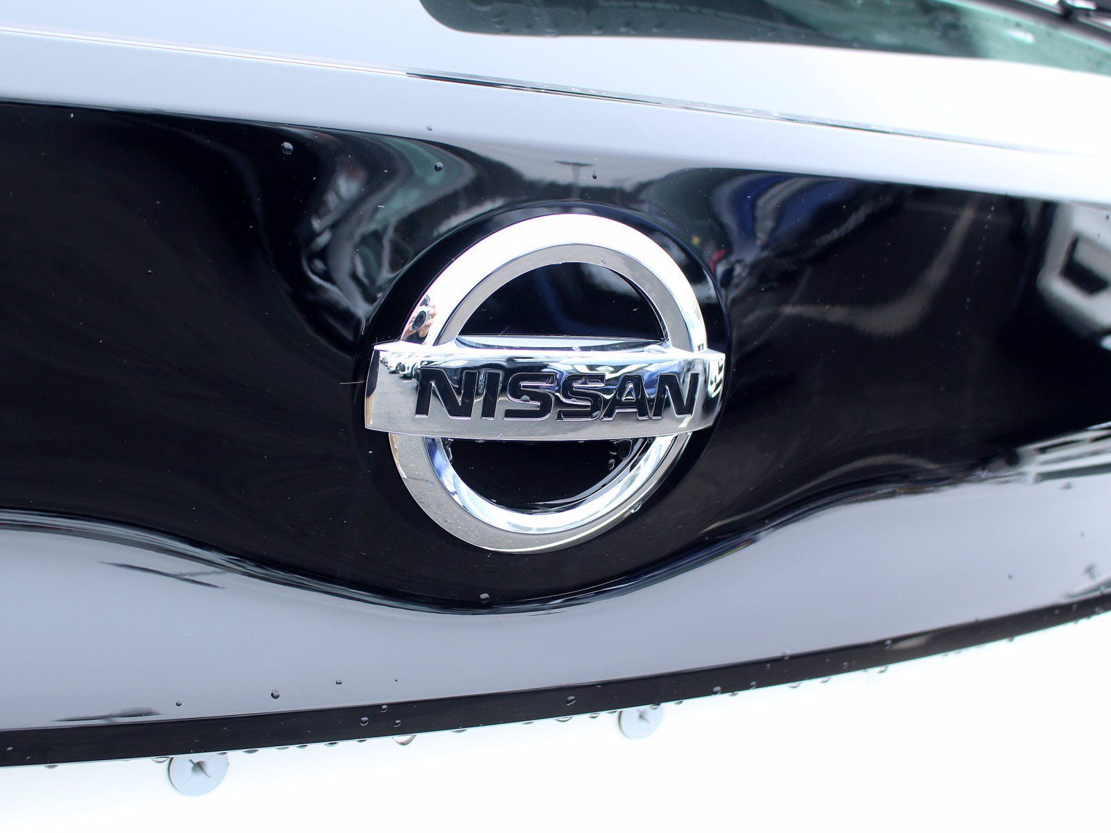 New 2020 Nissan LEAF SV