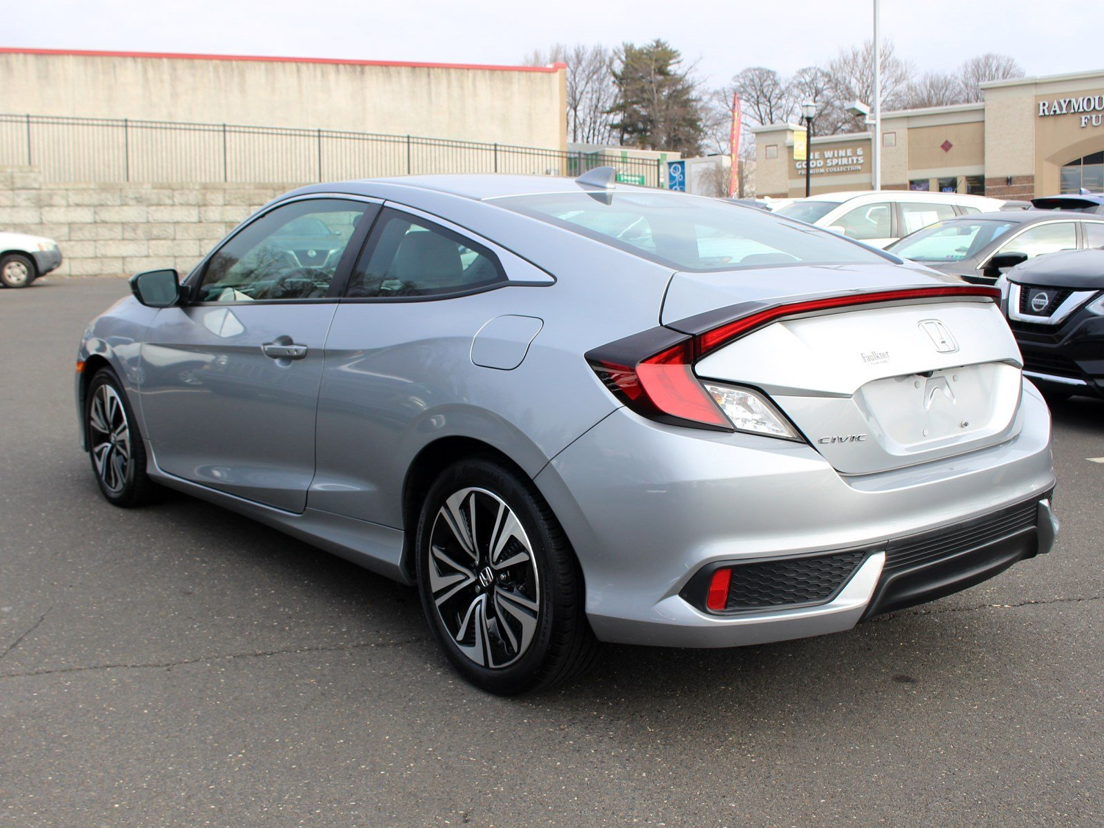 Pre-Owned 2017 Honda Civic Coupe EX-T