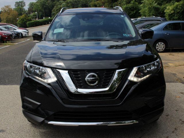 New 2019 Nissan Rogue SV